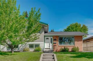 Single Family for sale in 824 104 AV SW, Calgary, Alberta