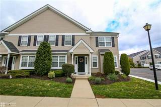 Townhouse for rent in 5974 Saratoga Lane, Upper Saucon Township, PA, 18034