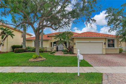 Residential Property for sale in 18630 SW 7th St, Pembroke Pines, FL, 33029