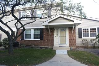Single Family for rent in 411 Fernwood Court, Vernon Hills, IL, 60061