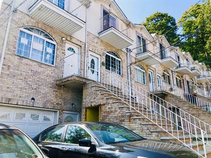 Residential for sale in 22 Jake Court, Staten Island, NY, 10304