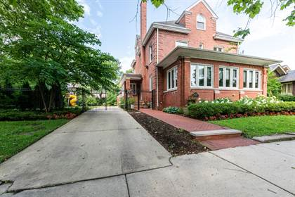 Residential for sale in 7030 South EUCLID Avenue, Chicago, IL, 60649