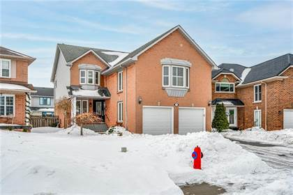 Residential Property for sale in 70 PEARSON Drive, Hamilton, Ontario, L8W 3H2