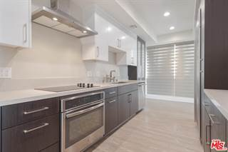 Condo for sale in 450 South MAPLE Drive 302, Beverly Hills, CA, 90212