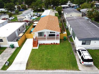 Residential Property for sale in 13360 SW 8th St, Davie, FL, 33325