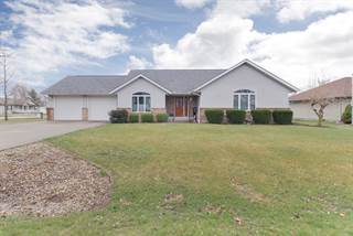 Single Family for sale in 105 North West Lincoln, Hopedale, IL, 61747