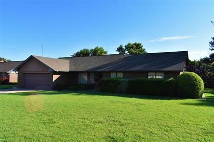 Residential Property for sale in 130 Cardinal Circle, Fairview, OK, 73737