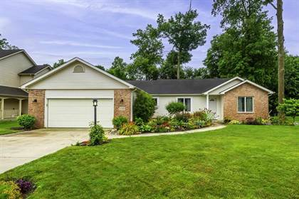 Residential for sale in 8322 Grand Forest Drive, Fort Wayne, IN, 46815