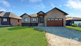 Residential for sale in 2 Arthur Fiola Place, Ste. Anne, Manitoba, R5H 1A4