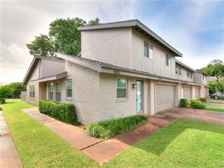 Townhouse for sale in 9901 Hefner Village Place, Oklahoma City, OK, 73162