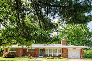 Single Family for sale in 900 Dalkeith Lane, University City, MO, 63132