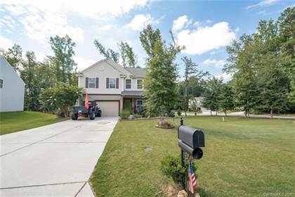 Residential Property for sale in 7401 Edgefield Court, Matthews, NC, 28104