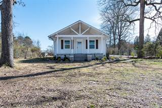 Single Family for sale in 3900 Tazewell Pike, Knoxville, TN, 37918