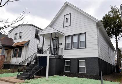 Multifamily for sale in 2161 S 16th St 2163, Milwaukee, WI, 53215