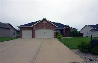 Single Family for sale in 140 Stonebridge Bluff Dr, Maryville, IL, 62062