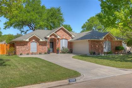 Residential Property for sale in 3236 Riverwood Drive, Fort Worth, TX, 76116