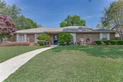Residential Property for sale in 1807 Carlton Drive, Arlington, TX, 76015