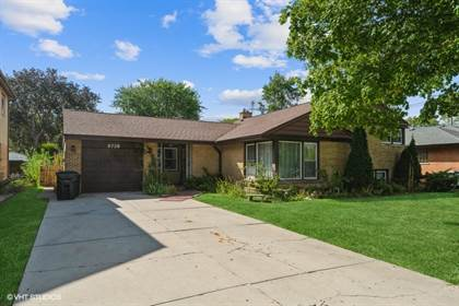Residential Property for sale in 6736 North Karlov Avenue, Lincolnwood, IL, 60712