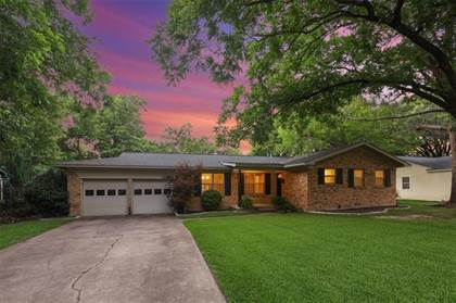 Residential Property for sale in 1301 Redbud Drive, Arlington, TX, 76012