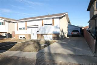 Residential Property for sale in 1231 40 Avenue N, Lethbridge, Alberta, T1H 6A1