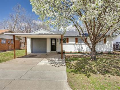 Residential for sale in 5717 Shipp Drive, Fort Worth, TX, 76148
