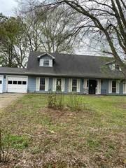 Single Family for sale in 2027 COUNTRY CLUB DR, Yazoo City, MS, 39194