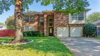 Residential for sale in 7025 Escondido Drive, Arlington, TX, 76016