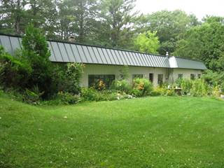 Single Family for sale in 608 Neck Road, China, ME, 04358