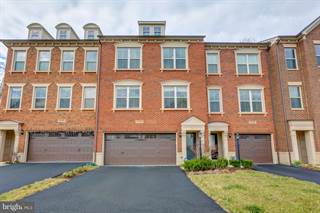 Townhouse for rent in 23301 TRADEWIND DR, Brambleton, VA, 20148