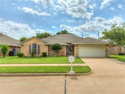 Residential for sale in 7517 Green Meadow Lane, Oklahoma City, OK, 73132