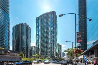 Condo for rent in 30 Grand Trunk Cres, Toronto, Ontario