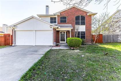 Residential for sale in 6711 Cherrytree Drive, Arlington, TX, 76001