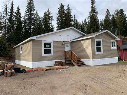 Single Family for sale in 2 CHURCHILL PLACE, Elkford, British Columbia, V0B1H0
