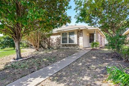 Residential Property for sale in 5426 Creekridge Drive, Arlington, TX, 76018
