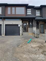 Townhouse for rent in 27 Greenwich Avenue, Hamilton, Ontario
