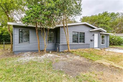 Residential for sale in 1900 Brookshire Street, Arlington, TX, 76010