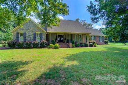 Single-Family Home for sale in 3512 Brownsville Hwy , Jackson, TN, 38301