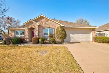 Residential for sale in 6924 Laurel Canyon Terrace, Fort Worth, TX, 76132