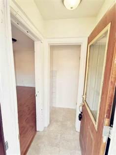 Residential Property for rent in 55 Chamberlain U2 Ave, Toronto, Ontario, M6E4J9