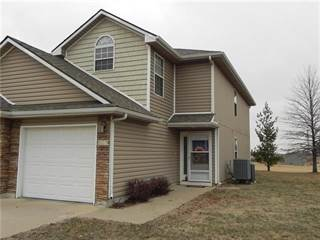Townhouse for sale in 801 SW Peach Tree Lane, Blue Springs, MO, 64064