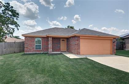 Residential for sale in 10112 Acuna Circle, Dallas, TX, 75217