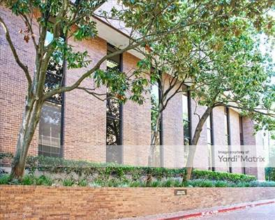 Office Space for rent in 952 Echo Lane, Houston, TX, 77024