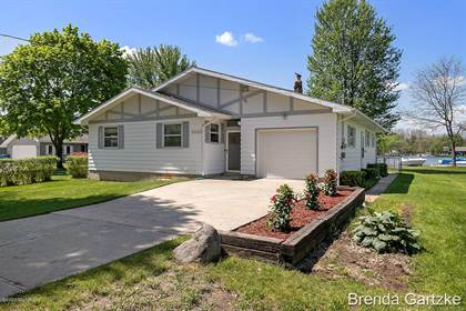 Residential Property for sale in 8663 Tecumseh Trail, Howard City, MI, 49329