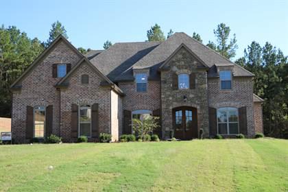 Residential Property for sale in 10451 Low Bridge Road, Lewisburg, MS, 38654