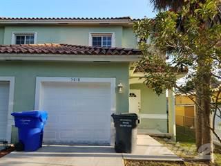 Townhouse for rent in 5618 Pierce Street - 5618 Pierce Street, Hollywood, FL, 33021