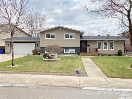 Residential Property for sale in 346 18th STREET, Weyburn, Saskatchewan, S4H 3B1