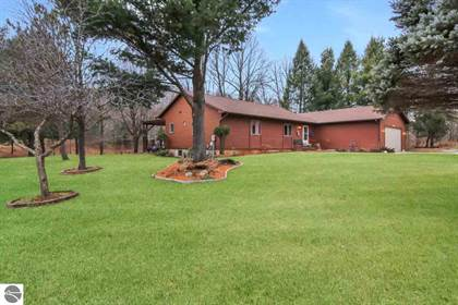 Residential Property for sale in 1045 Dracka Road, Traverse City, MI, 49684