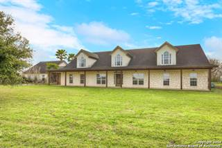 Single Family for sale in 2881 County Road 204, Falls City, TX, 78113