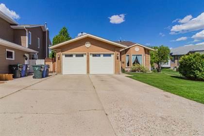 Residential Property for sale in 47 Prairie Court NE, Medicine Hat, Alberta, T1C 1R4