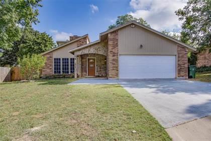 Residential Property for sale in 4403 Oak Brook Court, Arlington, TX, 76016